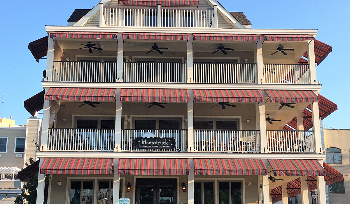 Moonstruck Restaurant Fixed Commercial Awnings